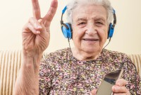How music can help relieve chronic pain